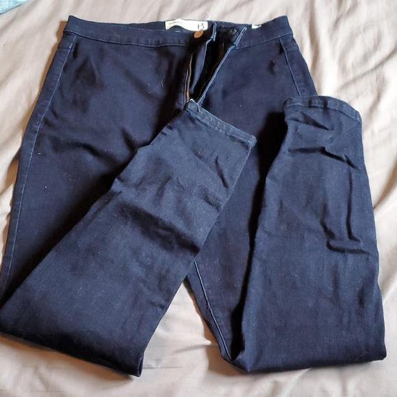 Garage skinny jeans size 13 (large)